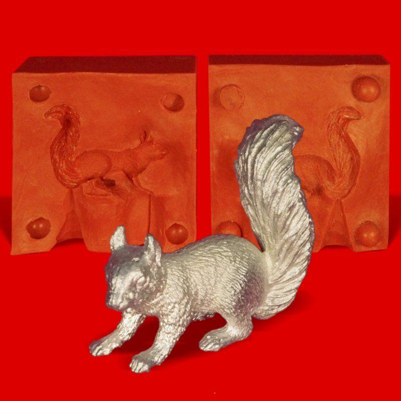 Zinngießform Eichhörnchen auf 4 Pfoten, ca. 65g Reinzinn