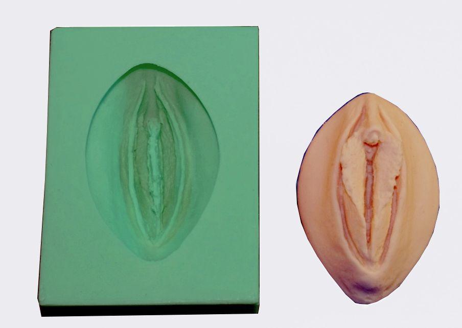 Giessform Silikonform Vulva Vagina Sina klein