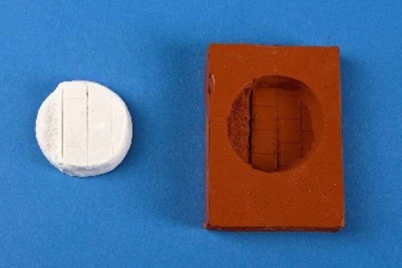 Zinngießform Base, Platten mit Bordstein und Absatz