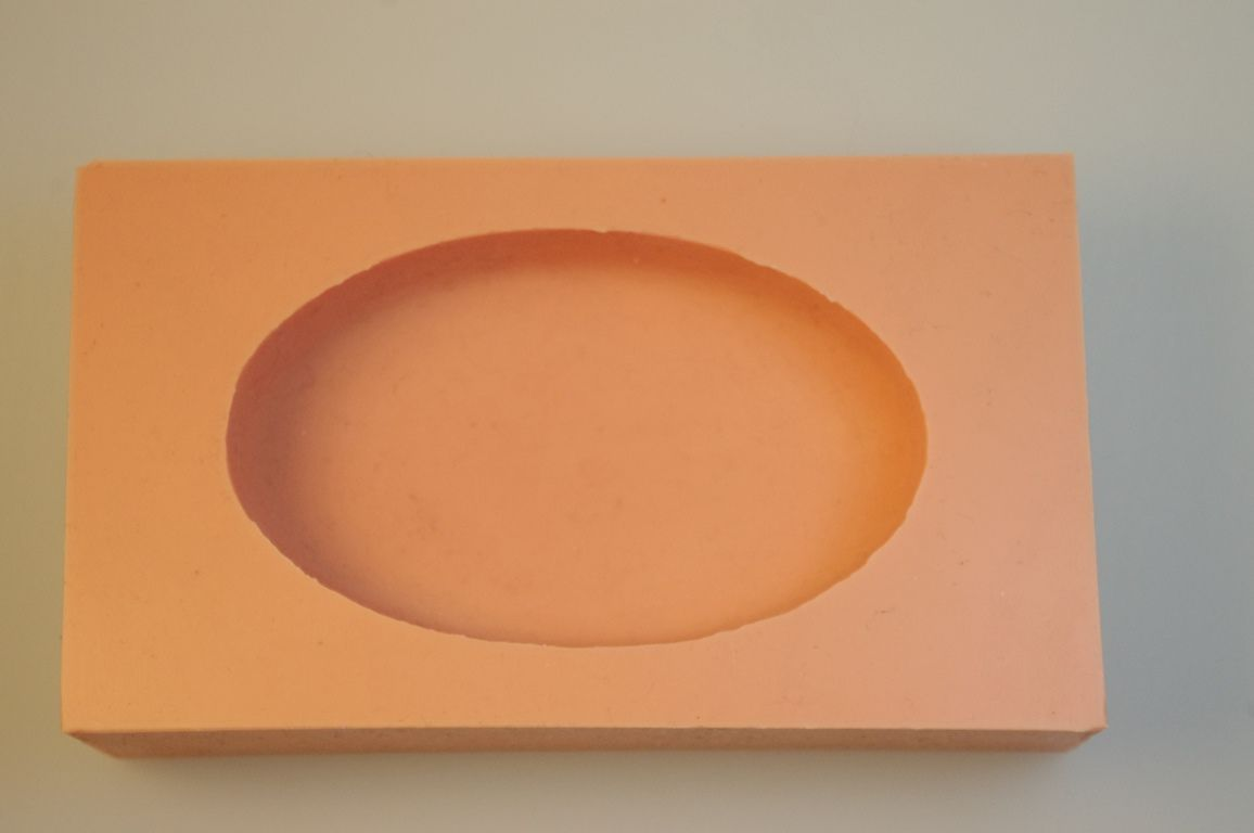 Giessform Silikonform lebensmittelecht oval Ei Relief