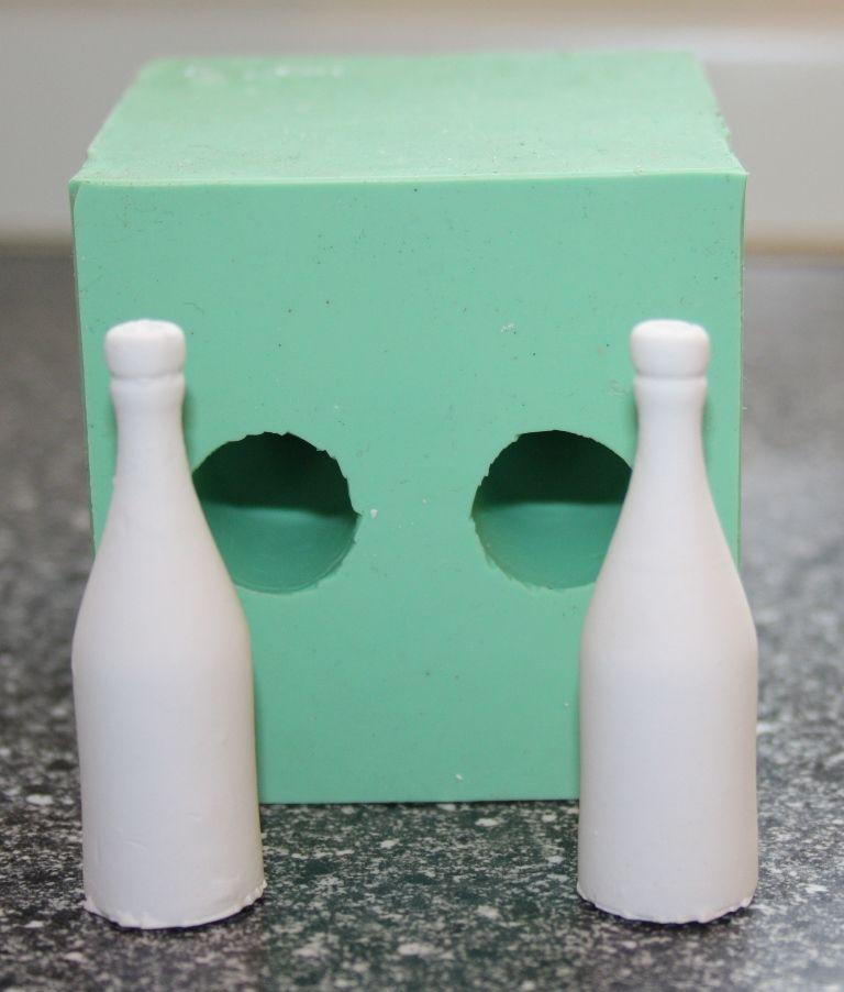 Giessform Silikonform 2 kleine Flaschen