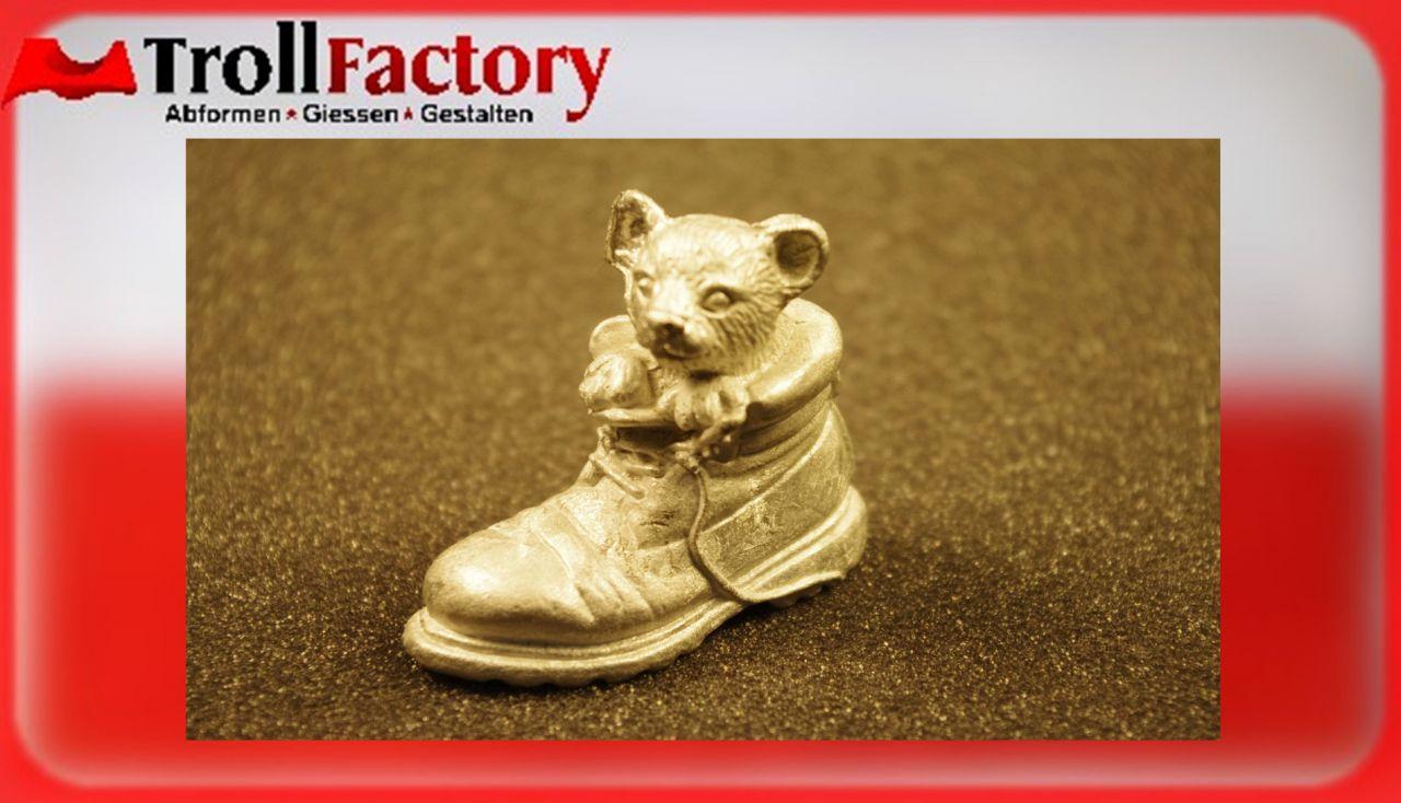 Zinngießform Stiefel mit Bärchen, ca. 220g Reinzinn